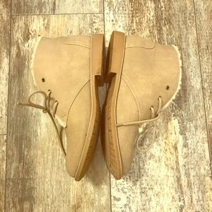 SONOMA SIZE 9 1/2 TAN BOOTIES LIKE NEW